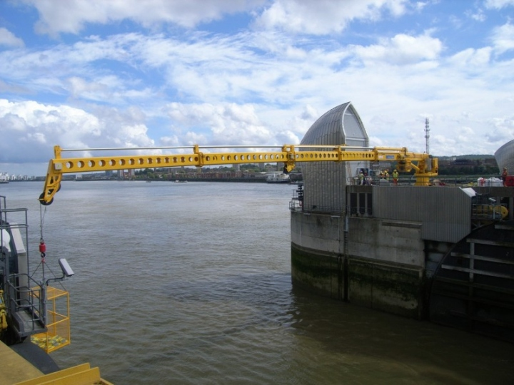 THAMES BARRIER PIC