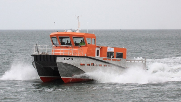 LINZI S on SEA TRIALS