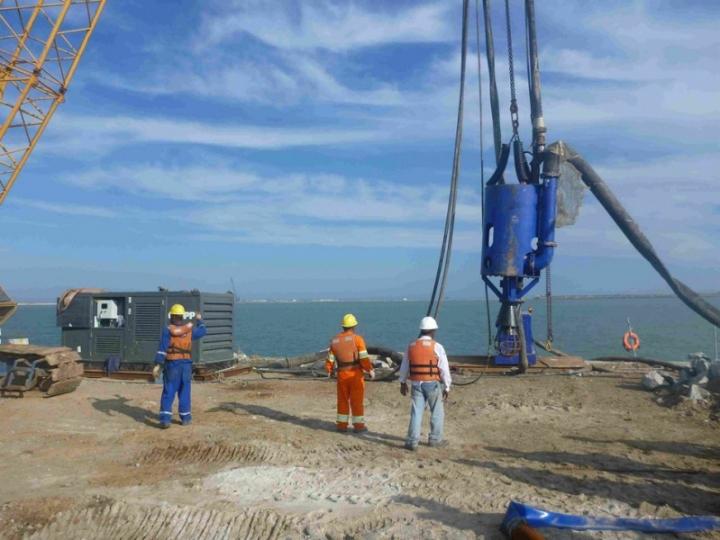 DOP250 fully assembled hanging crane-LR
