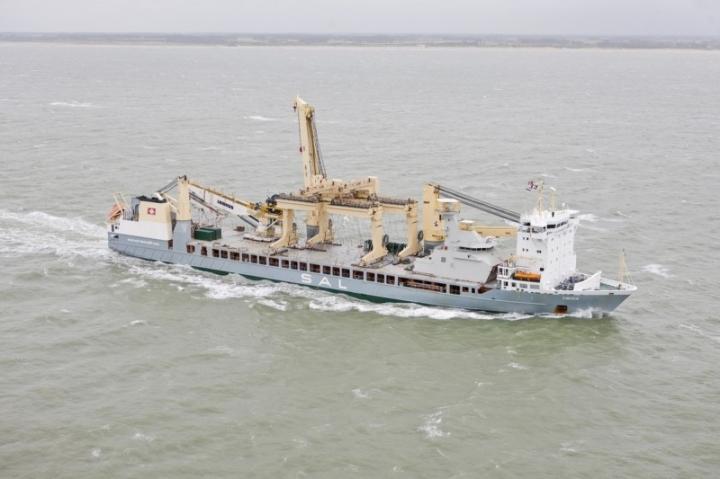 SIGMA 10514 PKR frigate (2) lowres