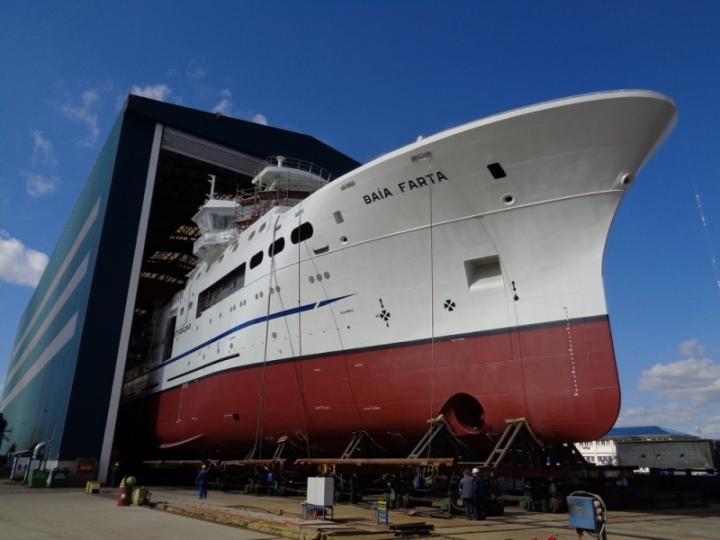 Fishery Research Vessel 7417 Ba�a Farta (2)_lowres