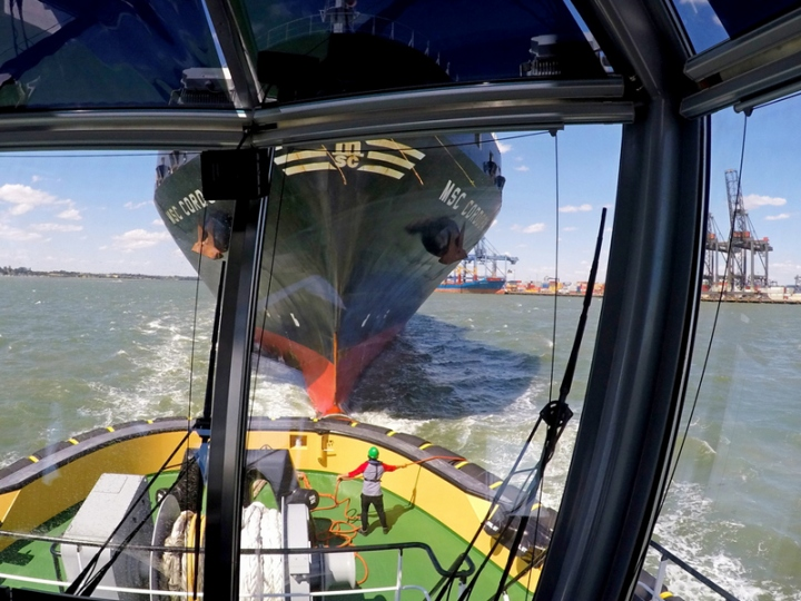 https://www.seaplant.com/files/news_images/22603/Towing+tests+in+the+Port+of+Felixstowe+%284%29_lowres.jpg