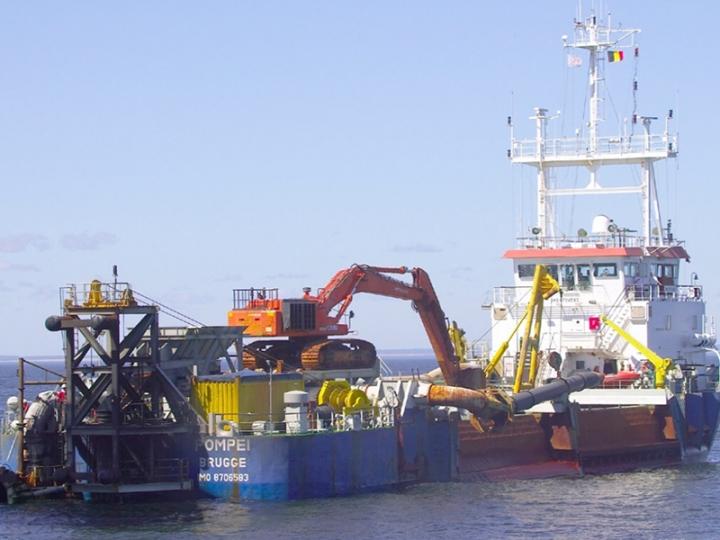 MV Pompei Marine Vessel